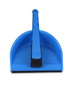 Stoffer en blik met rubber rand, kunststof, blauw.